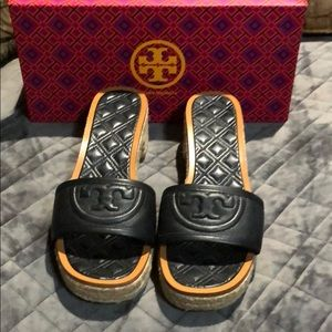 Gorgeous Tory Burch shoes 8.5